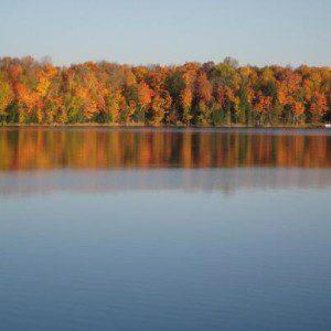 Chicaugon Lake - Fall colors