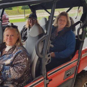 chicaugon lake inn - girls atving