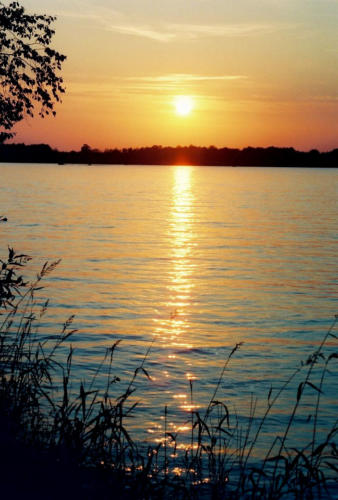 Beautiful-Chicaugon-Lake-Sunset1