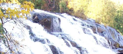 bond-falls-picture