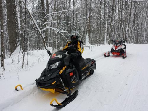 snowmobiling-2016